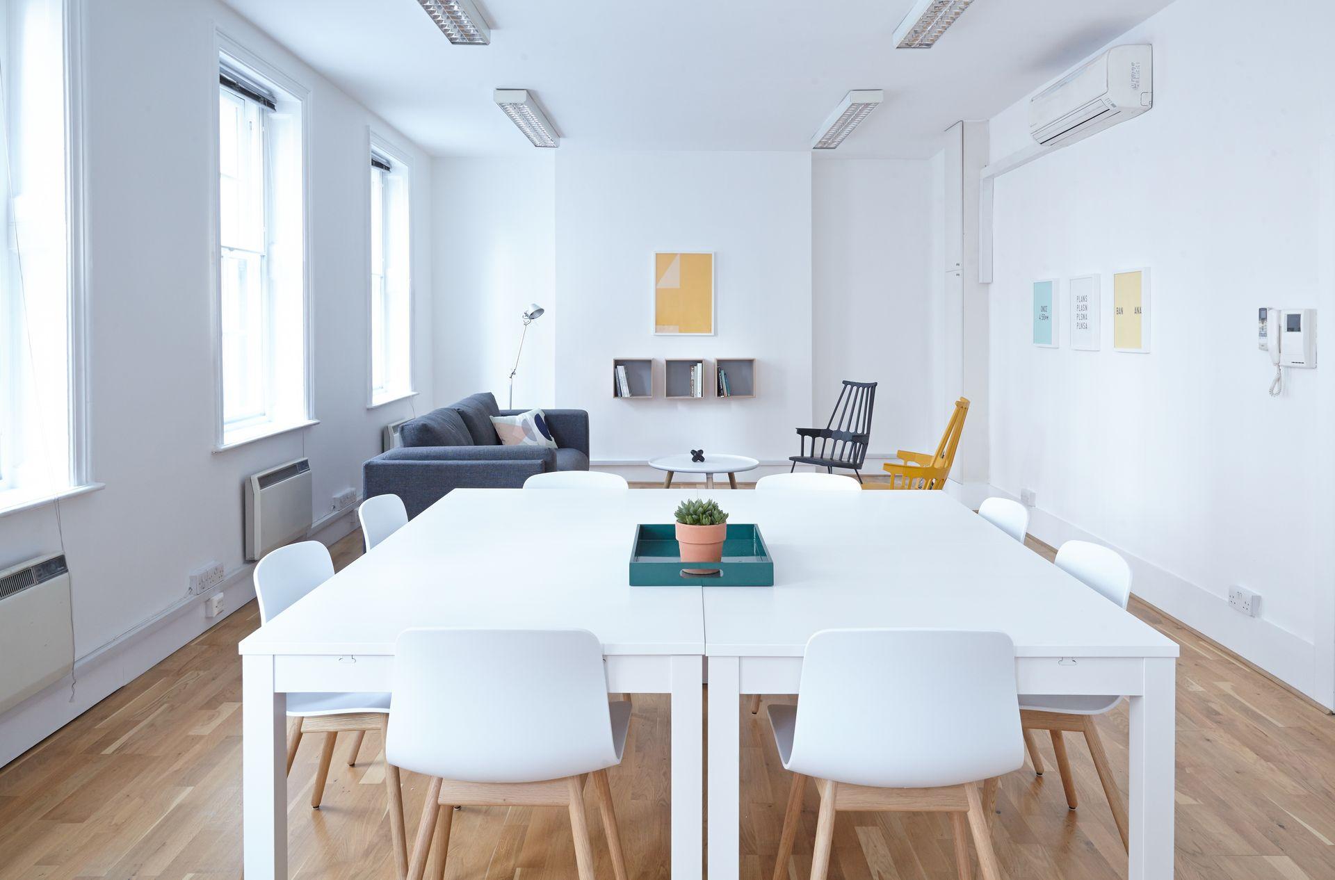 office-09.jpg